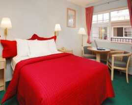 Rodeway Inn Civic Center San Francisco - 1 Queen Bed Room at SF Rodeway Inn